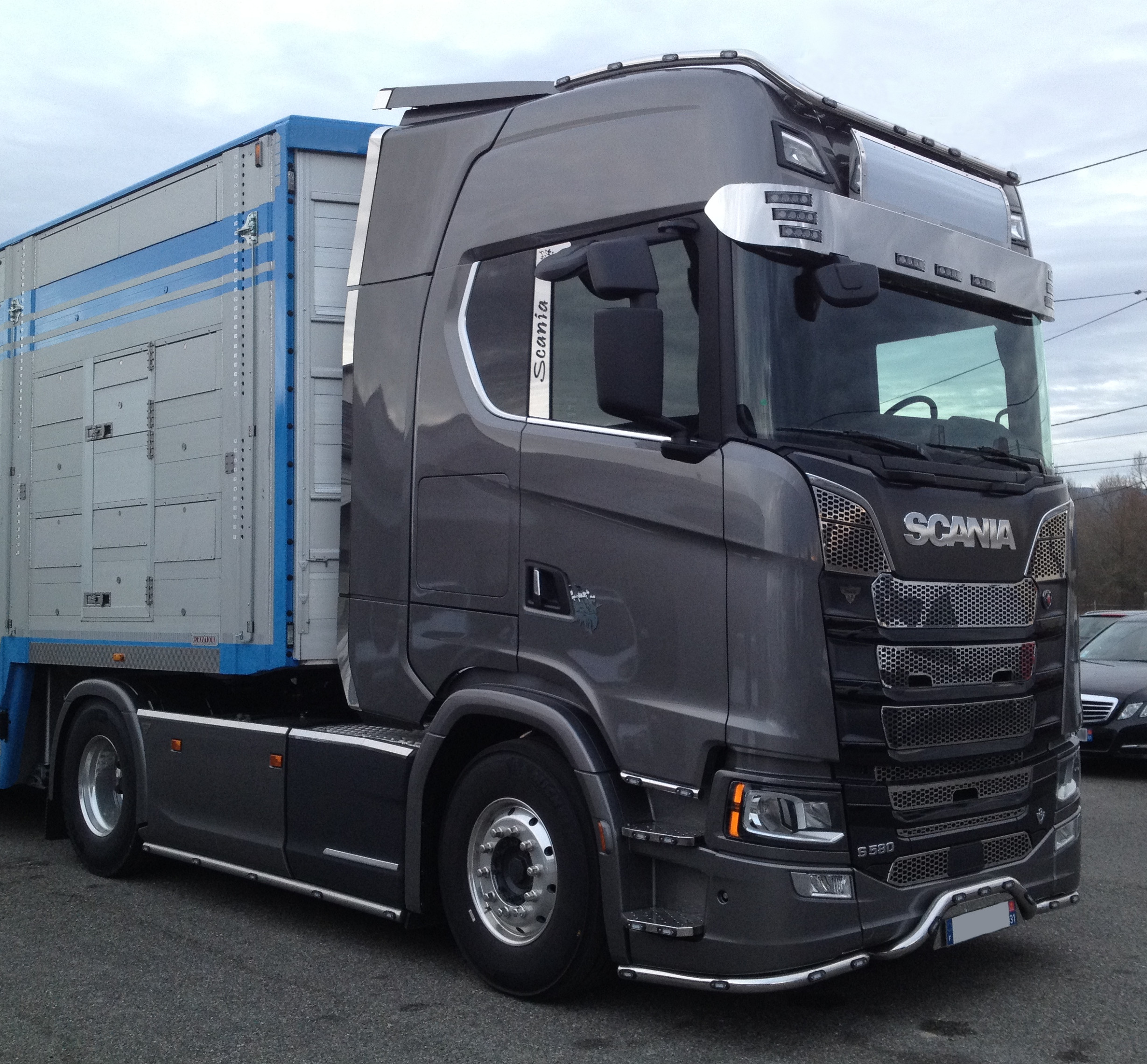 Rampe de phares XL Scania NTG - 13 leds